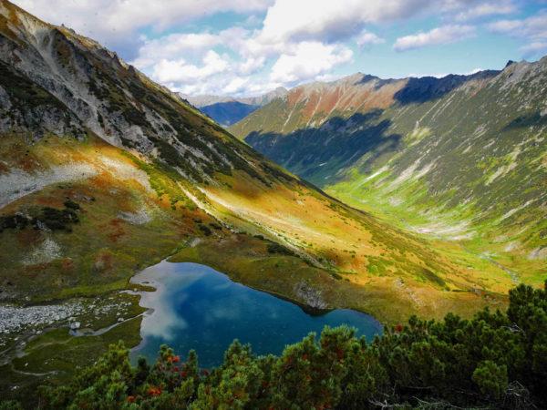 Unnamed lake in Ganalsky range, Kamchatka.